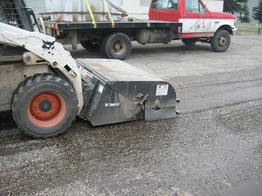 Power sweeping truck